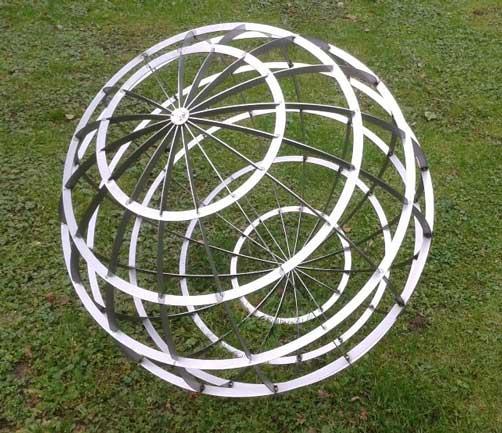 Stahlschnitt Globus
